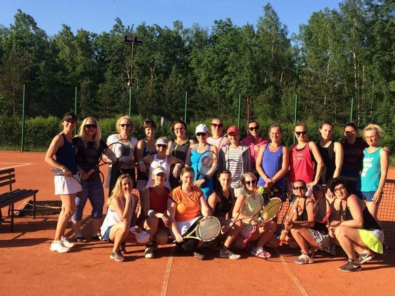 grupa tenisistów 02